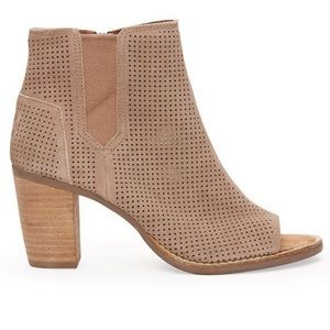 Toms Stucco Suede perforated Majorca Peep toe boot